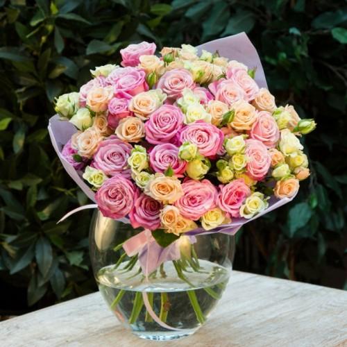 """Букет 35 кустовых роз """"Нежность"""" с доставкой в Самаре"""
