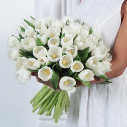 Букет 51 белый тюльпан  с доставкой в Самаре