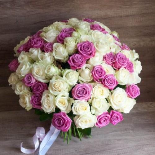 Букет 101 бело-розовая роза с доставкой в Самаре