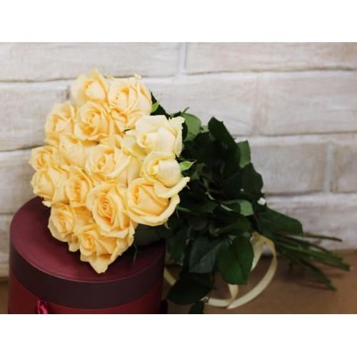 Букет 15 персиковых роз с доставкой в Самаре